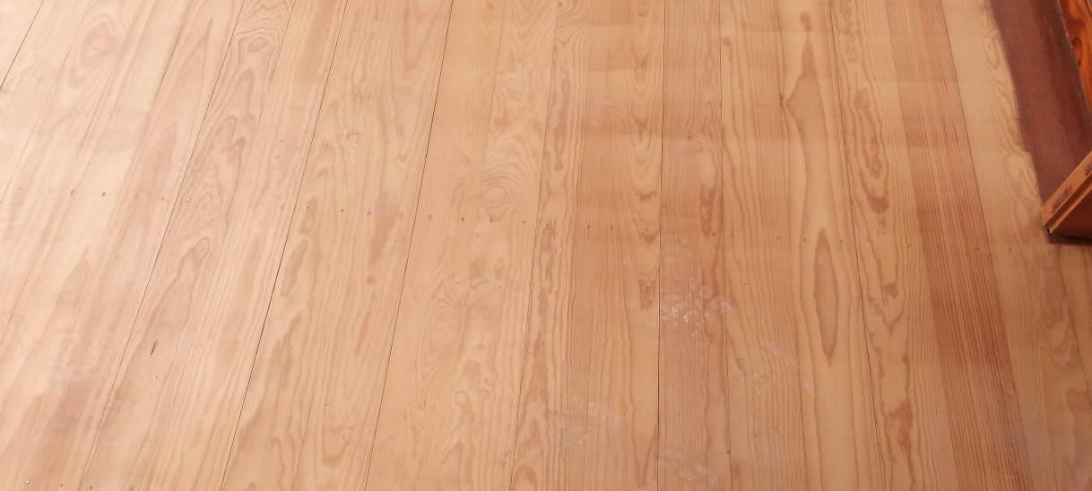Lijado y barnizado pisos demadera